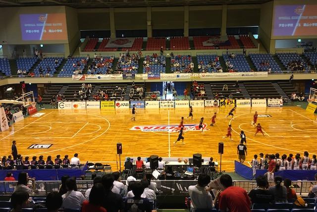 熊本総合体育館2階席