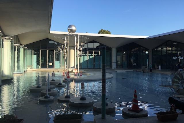 水の科学館モニュメント