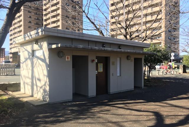 坪井中央公園トイレ