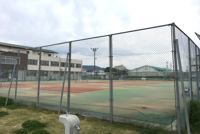 城南総合スポーツセンターテニスコート