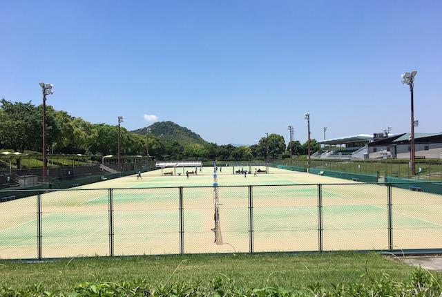 熊本県民総合運動公園メインテニスコート