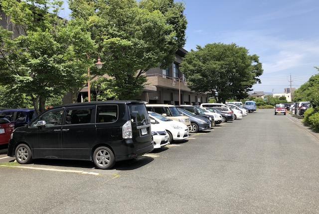 熊本市総合体育館駐車場