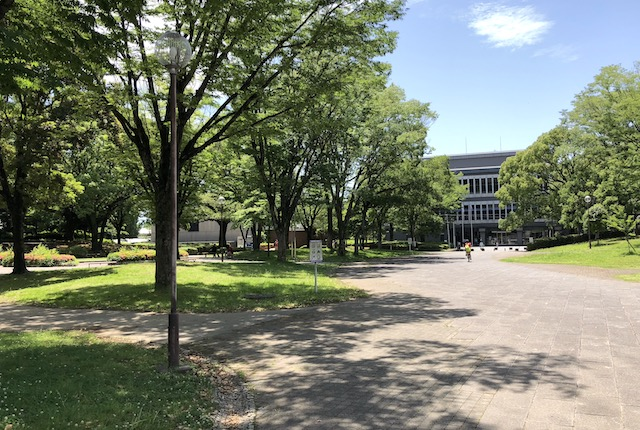 熊本県立図書館