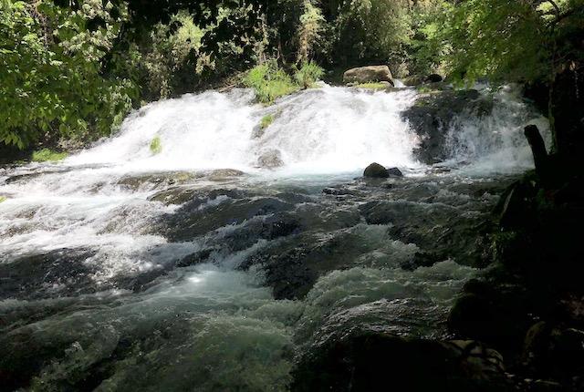 立岩渓谷滝