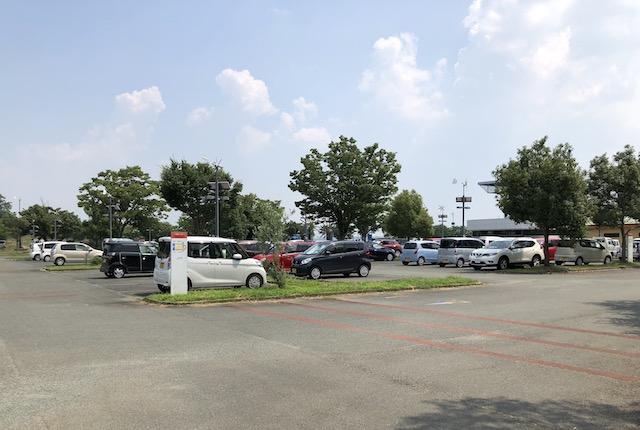 水辺プラザかもと駐車場