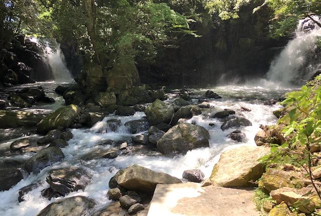 夫婦滝出会いの滝