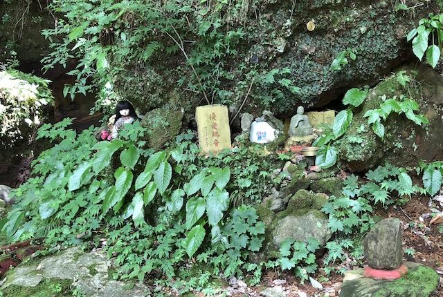 奥の院日本人形