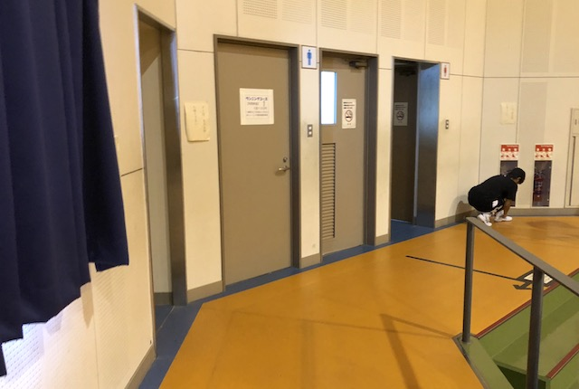 玉名市総合体育館2階トイレ