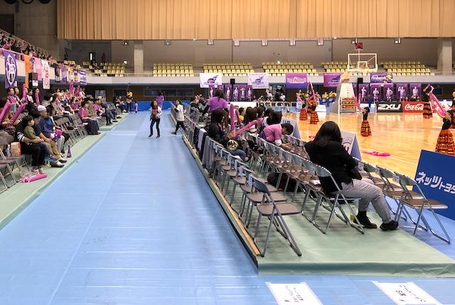 郡山総合体育館コートサイドB席