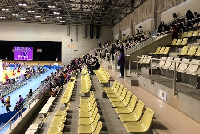 郡山総合体育館2階自由席