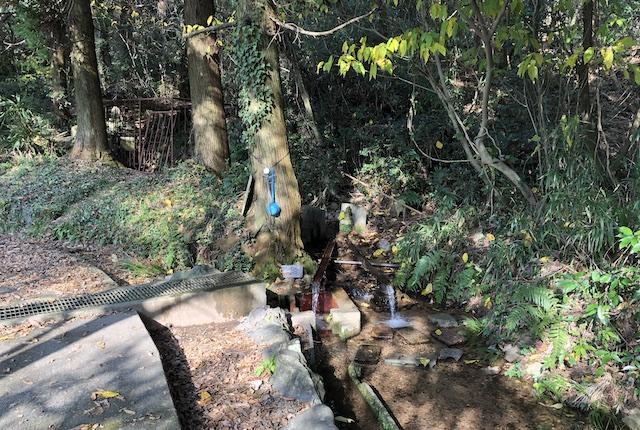 一つ目水源水汲み場