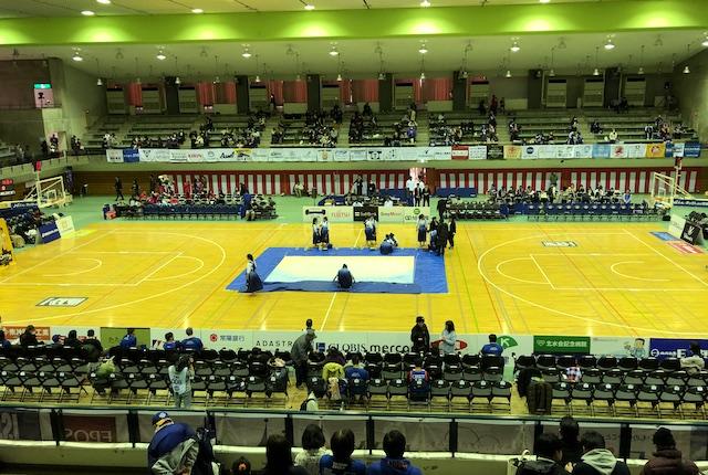 青柳公園市民体育館2階指定席