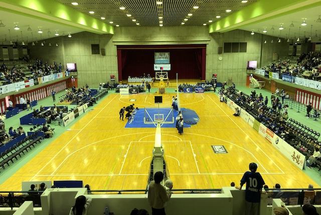 青柳公園市民体育館2階席