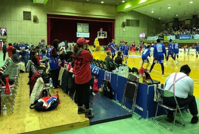 青柳公園市民体育館1階指定B席