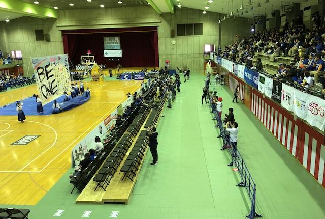 青柳公園市民体育館立ち見エリア