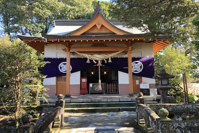 辺田見若宮神社拝殿