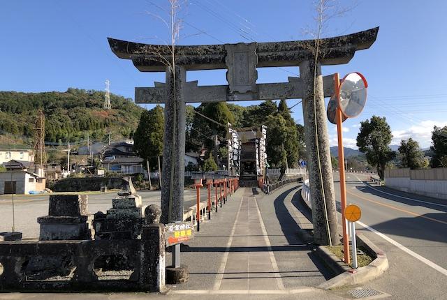辺田見若宮神社鳥居