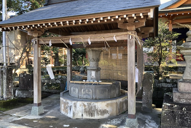 辺田見若宮神社手水舎
