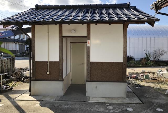 六嘉神社トイレ