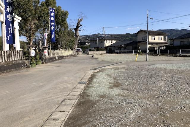 津森神宮駐車場