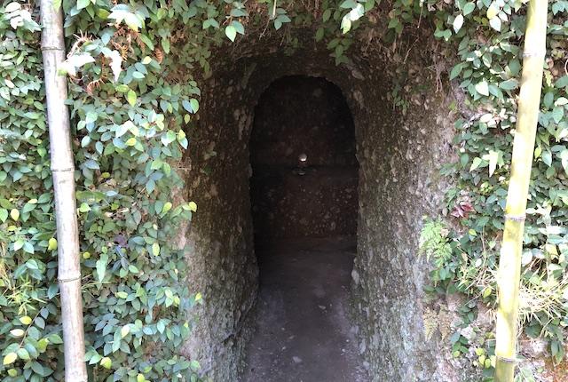 津森神社防空壕