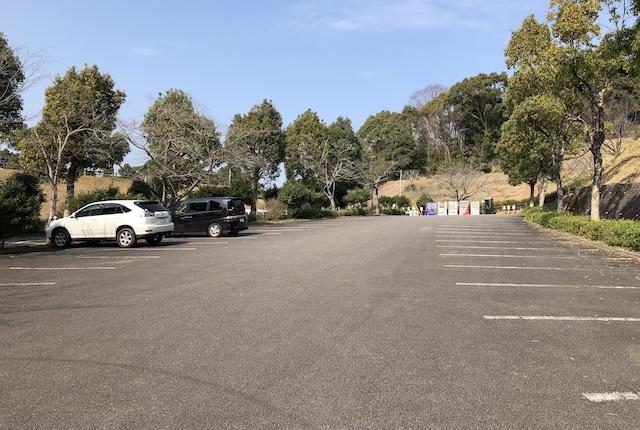 広瀬公園駐車場