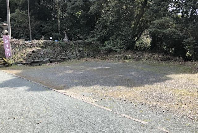 早川厳島神社駐車場