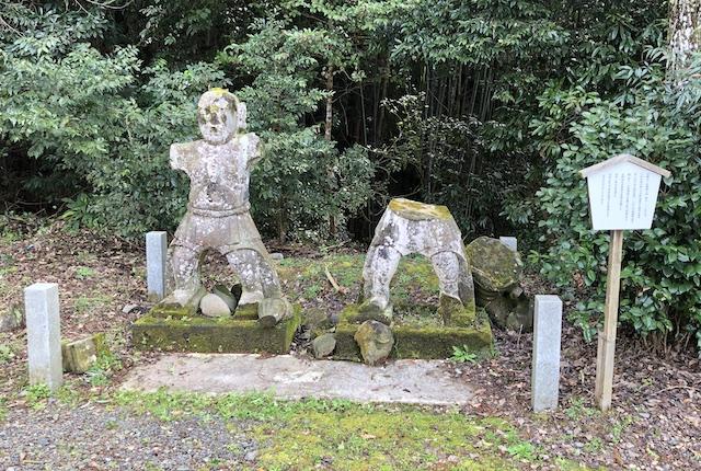 早川厳島神社力士像