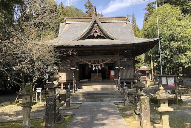 甲佐神社拝殿
