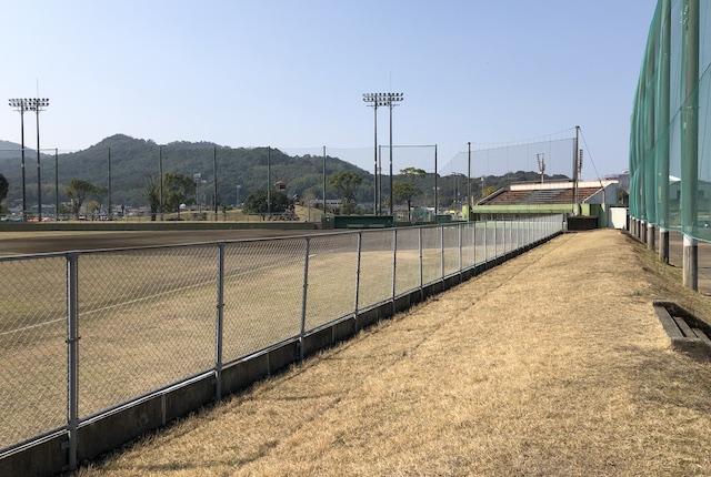 松島総合運動公園野球場内野席