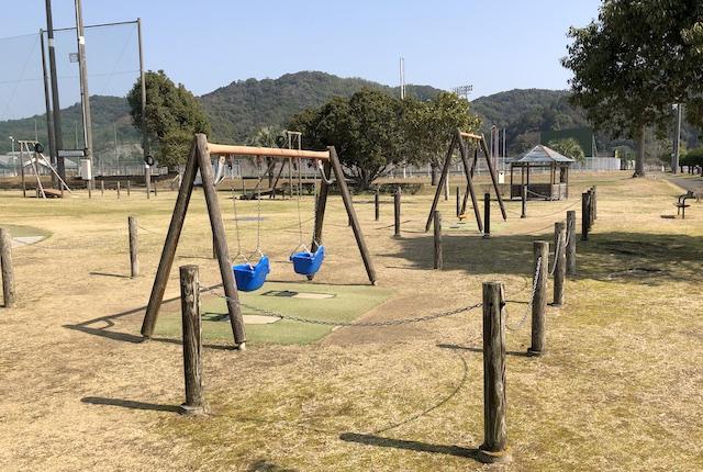 松島総合運動公園ブランコ