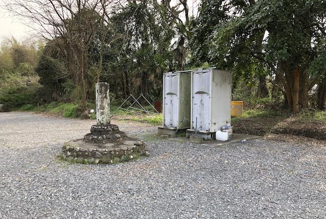 緑川グラウンドトイレ