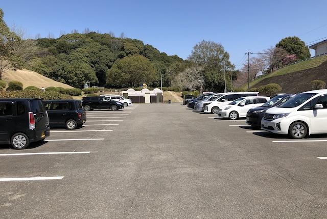 村山公園駐車場