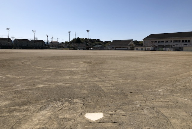 錦町民グラウンド野球場
