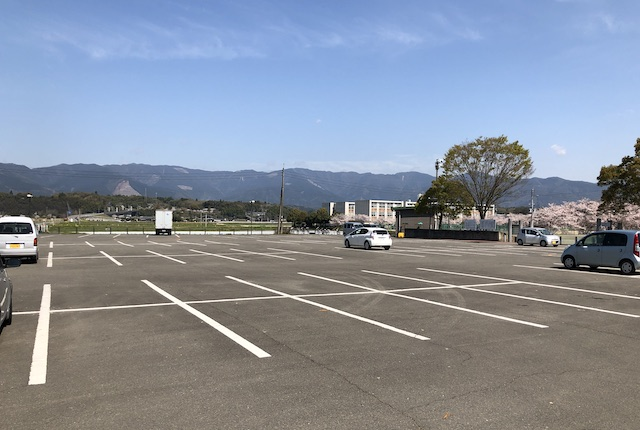 多良木町多目的総合グラウンド駐車場