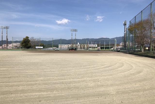 多良木町多目的総合グラウンド野球場