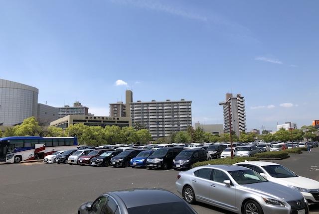 鴨池公園駐車場
