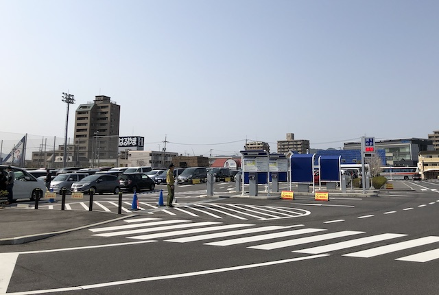 松江市総合体育館駐車場