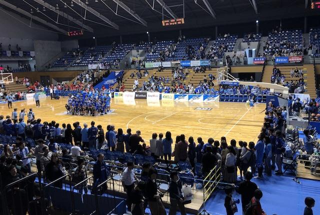 松江市総合体育館ハイタッチ