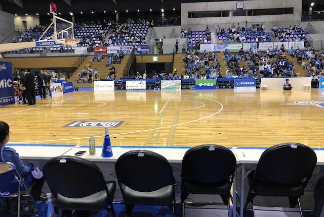 松江市総合体育館プラチナシート