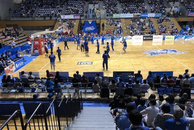 松江市総合体育館1階スタンド