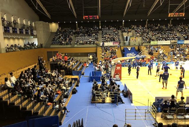 松江市総合体育館アリーナ自由席