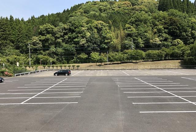 牧園アリーナ駐車場