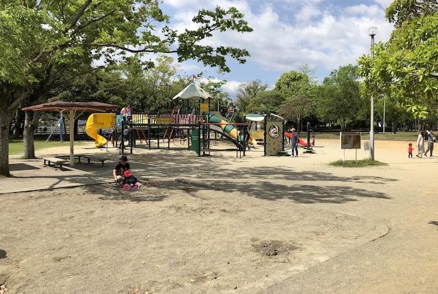宮崎市中央公園子供広場