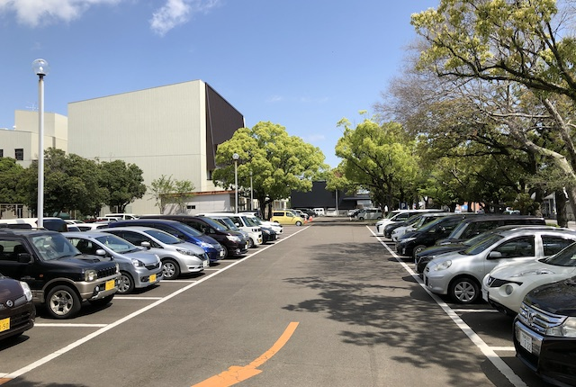 宮崎中央公園駐車場