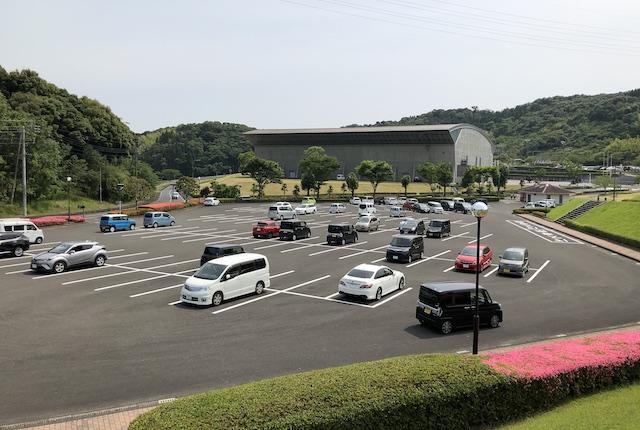 サンアリドーム駐車場