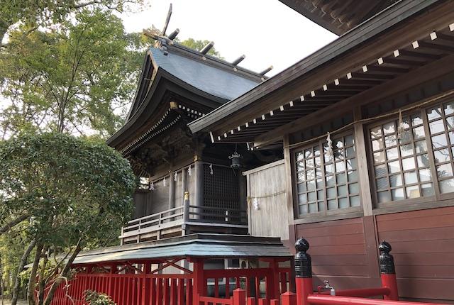本渡諏訪神社本殿