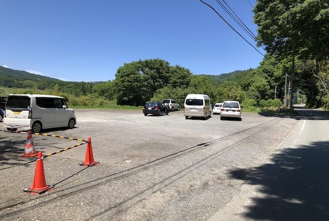 上色見熊野座神社駐車場