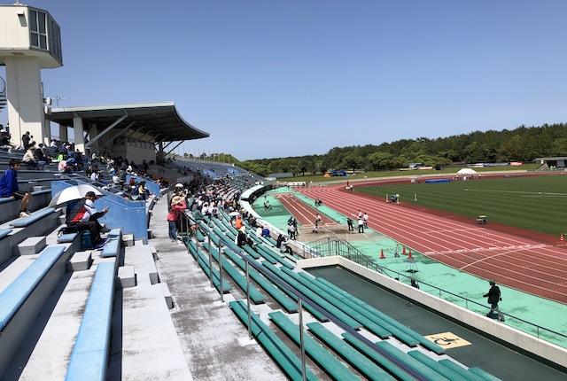 KIRISHIMAハイビスカス陸上競技場メインスタンド