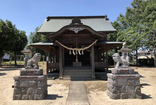中無田熊野座神社拝殿
